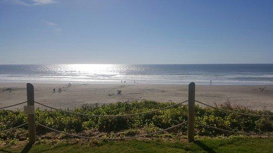 Pelican Shores Inn: 20160819_172252_large.jpg