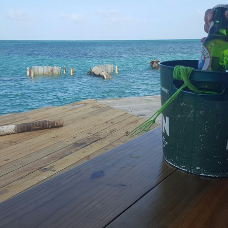 Caye Caulker, Belize: Rebuilding of The Split Bar.