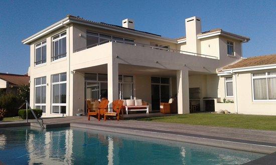 Κόλπος Saint Francis, Νότια Αφρική: The house and pool.