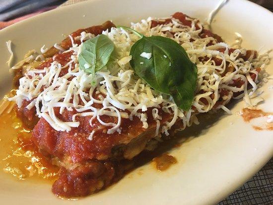 Santa Venerina, Италия: Pranza con Carne di Cavallo, tuma fritta e melanzane alla parmigiana 9!