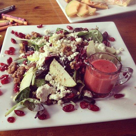 Shovel Handle Pub: the most amazing salad that ever was