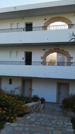 Hotel Sun Beach Lindos: IMG_20160823_184806_large.jpg