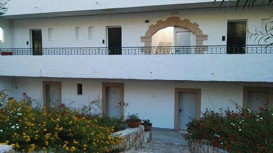 Hotel Sun Beach Lindos: IMG_20160823_184803_large.jpg
