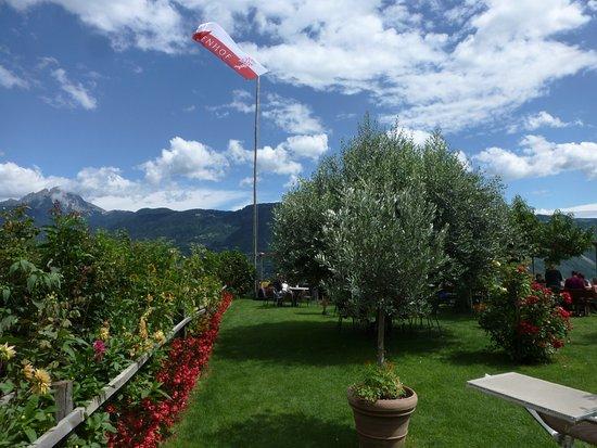 Cermes, Italia: Garten