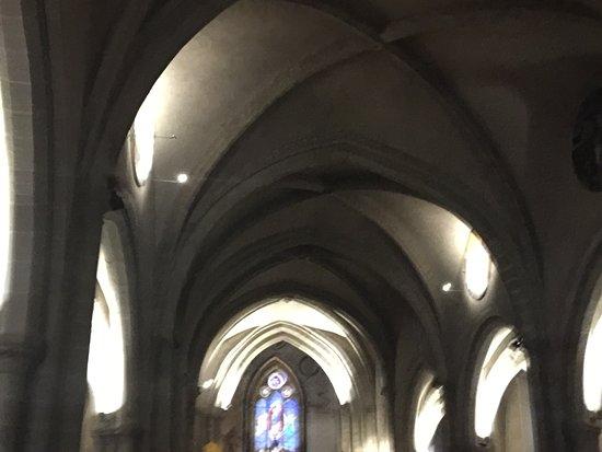 Eglise de l'Assomption: Arcs of the nave