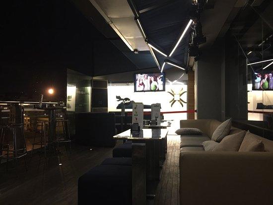 Amura Café Pub