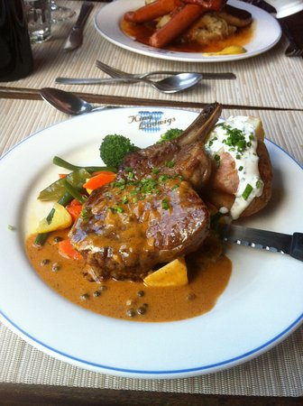 King Ludwigs German Restaurant & Bar: Veal Chop with vegetables (special)