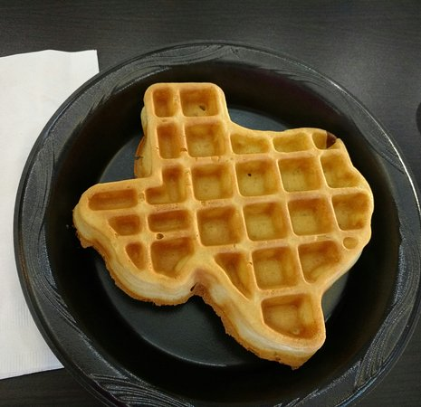 Comfort Inn & Suites I-10 Airport: Make your own Texas shaped waffles