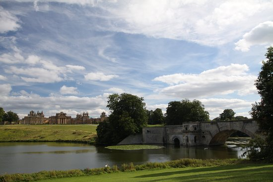 Woodstock, UK: a walk in the grounds