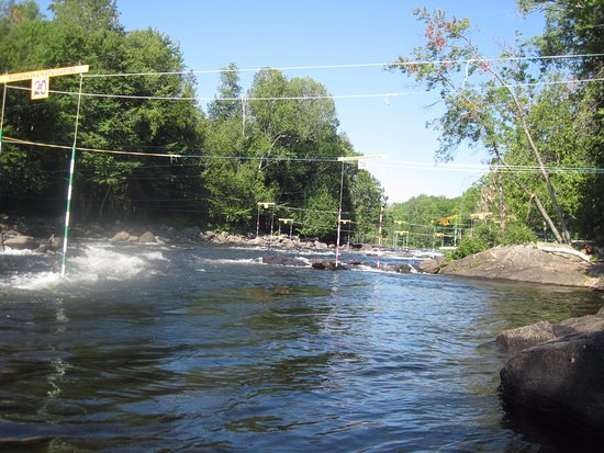 Barry's Bay, Canadá: Some gates on the Madawaska River