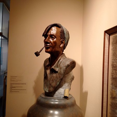 Owen Sound, Canadá: Bust of Tom Thomson