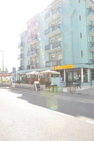 碼頭水上套房住宅飯店