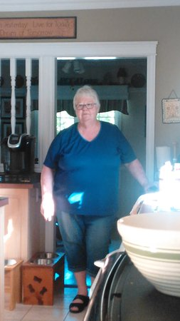 Cote's Bed & Breakfast : This was our AWESOME hostess~ Norma Cote