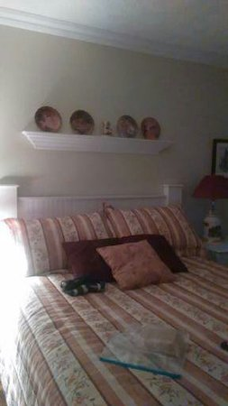 Cote's Bed & Breakfast : This is the Yellow Room