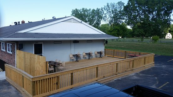 Rossford, OH : Exterior Patio