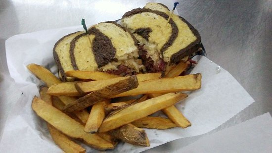 Rossford, OH: Rueben Sandwich with fries