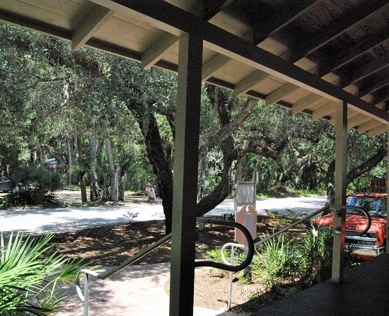 Ponce Inlet, Φλόριντα: The view from the front porch Meyer-Davis House