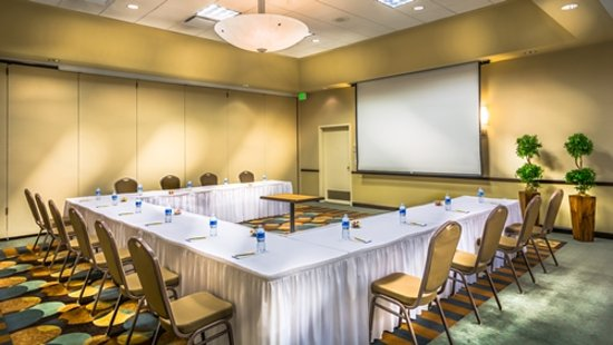 Hilton Garden Inn Phoenix North Happy Valley: Corporate Meetings and Events