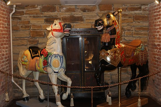 Painesville, OH: Carousel Horses for Special Guests!