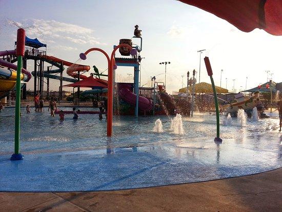 Killeen, TX: Kids pool fun
