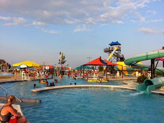 Killeen, TX: Woderful pool side