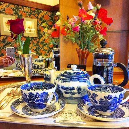 Garden Wall Inn: our morning tea and coffee tray