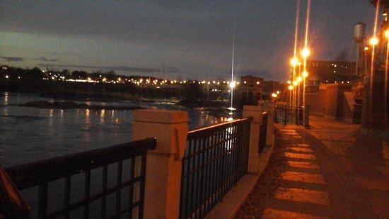 Columbus, GA: The Riverwalk - great lighting.