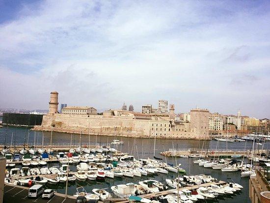 Sofitel Marseille Vieux-Port: vue sur le Mucem