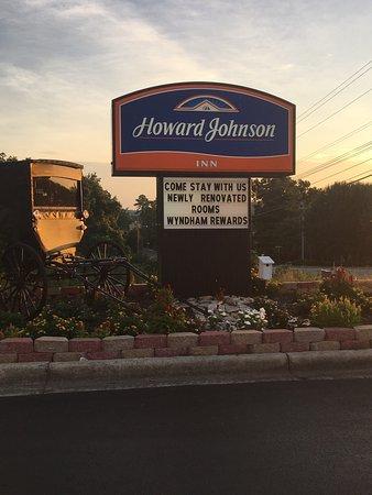 Howard Johnson Dalton: photo1.jpg