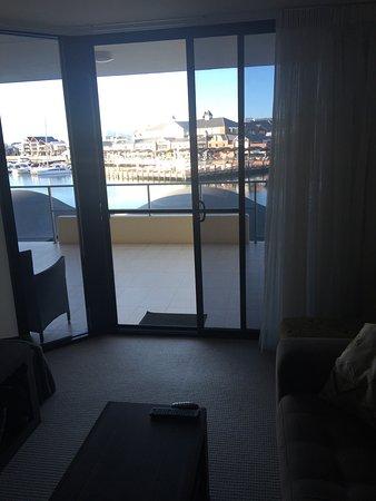 Dolphin Quay Apartment Hotel: photo1.jpg