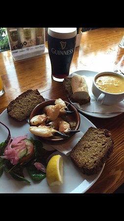 Portmagee, Ирландия: juicy fat crab claws