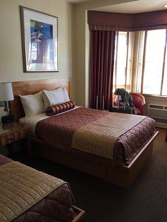 Alexander Inn: photo1.jpg