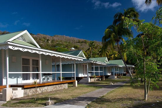 Port Elizabeth, Bequia: Beach Cottage