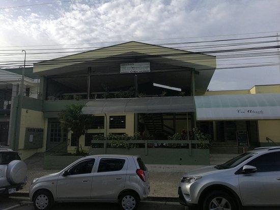 San Pedro, Costa Rica: El Ruiseñor Restaurante