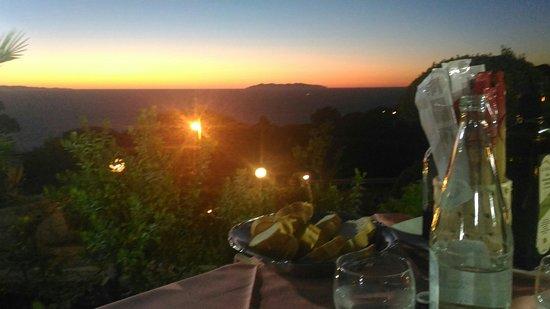 Patresi, Itália: P_20160822_204618_large.jpg