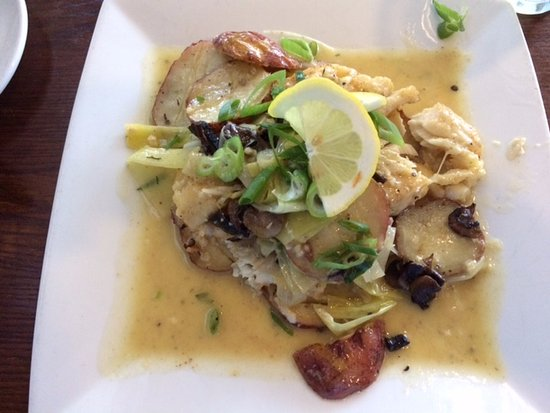 North Attleboro, MA: Try the Haddock Piccata!