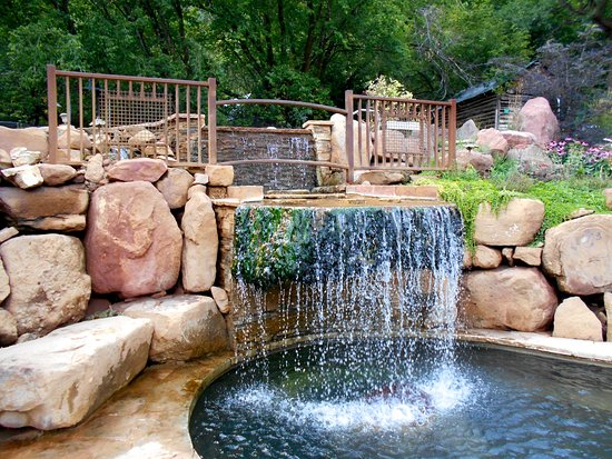 Redstone, CO: The waterfall and lower level