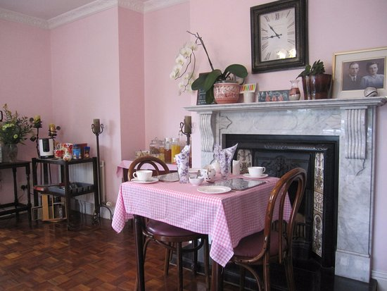 Breagagh View: Breakfast room