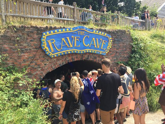 Boom, Bélgica: Palco The Rave Cave