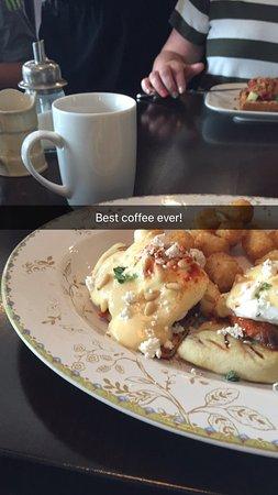 Great breakfast, very modern
