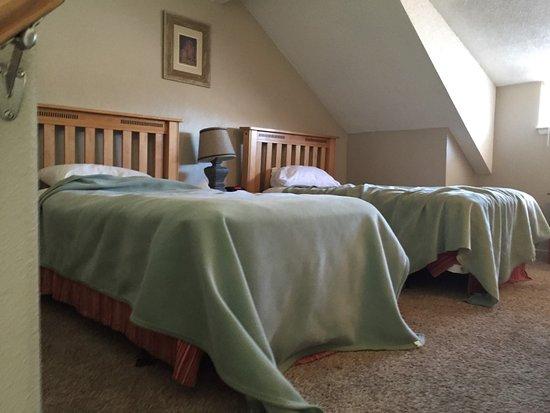 Tahoe Lakeshore Lodge and Spa: loft