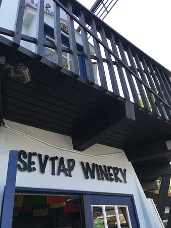 Solvang, Kalifornien: Sevtap Winery Tasting Room