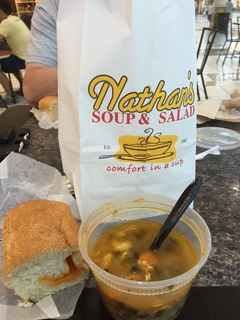 Victor, estado de Nueva York: Cheese bread & Italian Wedding Soup. Yummy!