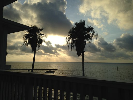 Lighthouse Inn at Aransas Bay: Sunrise -- Lighthouse Inn