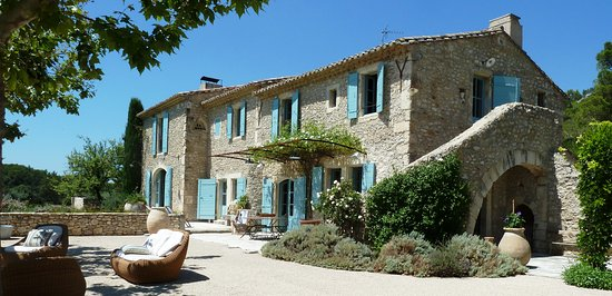 Orgon, Francia: View of the property
