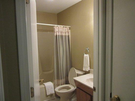 Paoli, IN: Cabin # bathroom