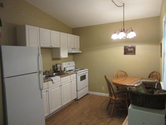 Paoli, IN: Cabin # kitchen