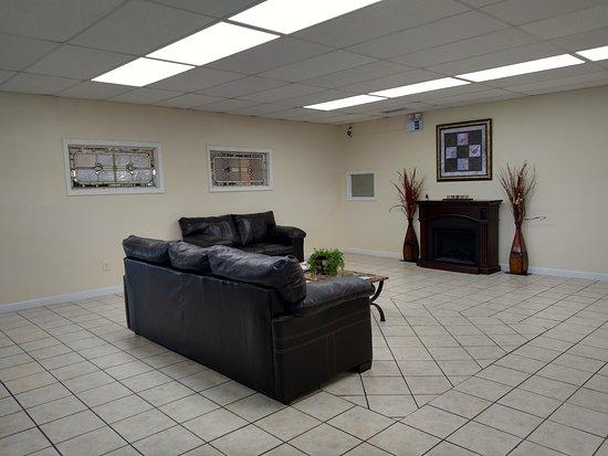 Christiansburg, VA: Lobby Area