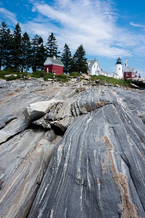 Pemaquid Point Lighthouse: from the rocks