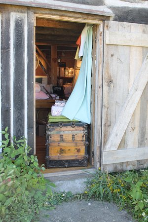 Gore Bay, Kanada: Full Collections of Home Decor & Hardware